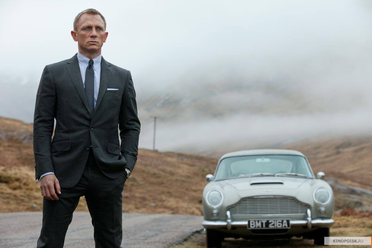 В фильме 007: координаты скайфолл дэниэл крэйг вновь возвращается к амплуа агента 007 джеймса бонда