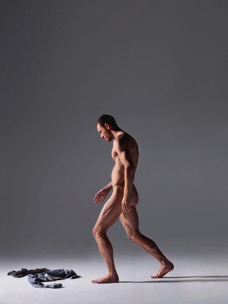 kogda-vse-golie