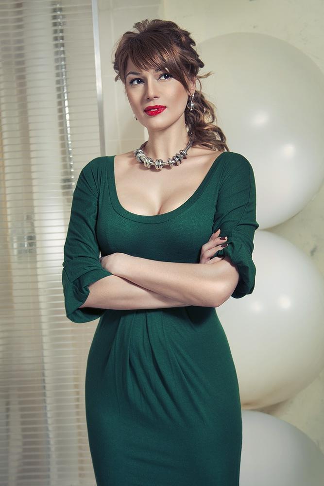 anastasiya-shunina-mahonina-golaya-foto