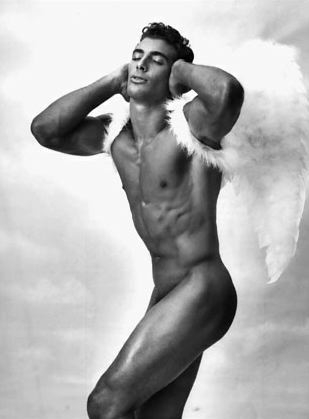 free pictures of nude male celebrities  488024