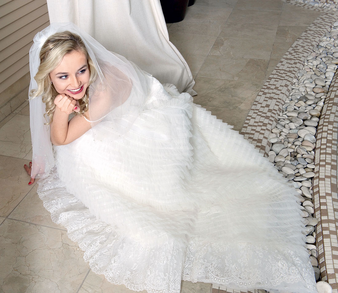 Полина гагарина фото со свадьбы