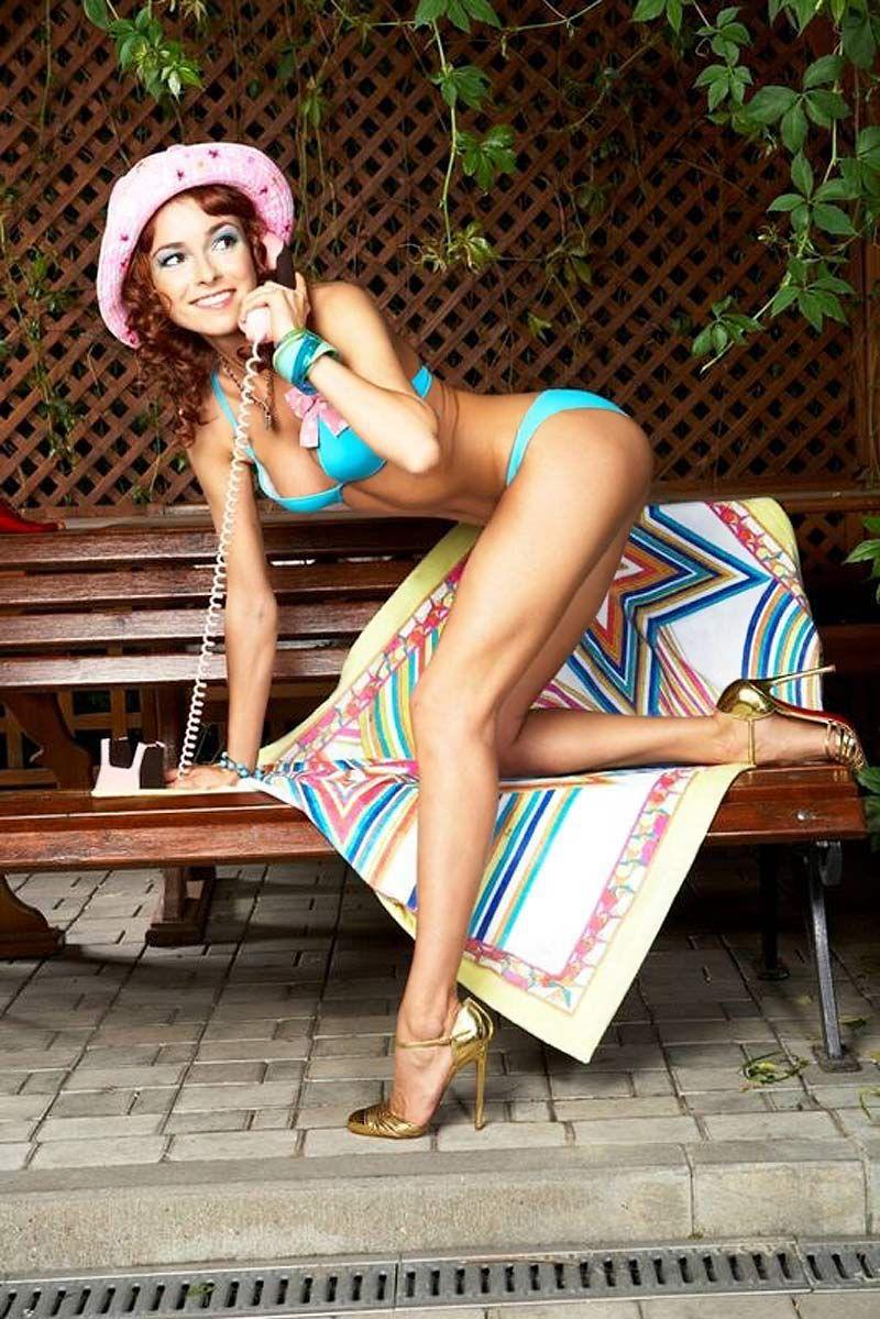 Обнаженная Ирена Понарошку и другие голые звезды бесплатно на Starsru.ru