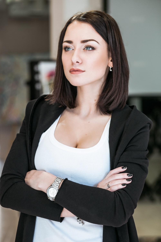 Сексуальные фотографии и видео Ингрид Олеринская и других звезд на сайте Starsru.ru