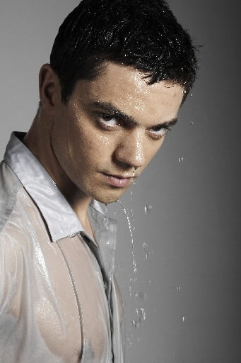 Is dominic cooper dating anyone