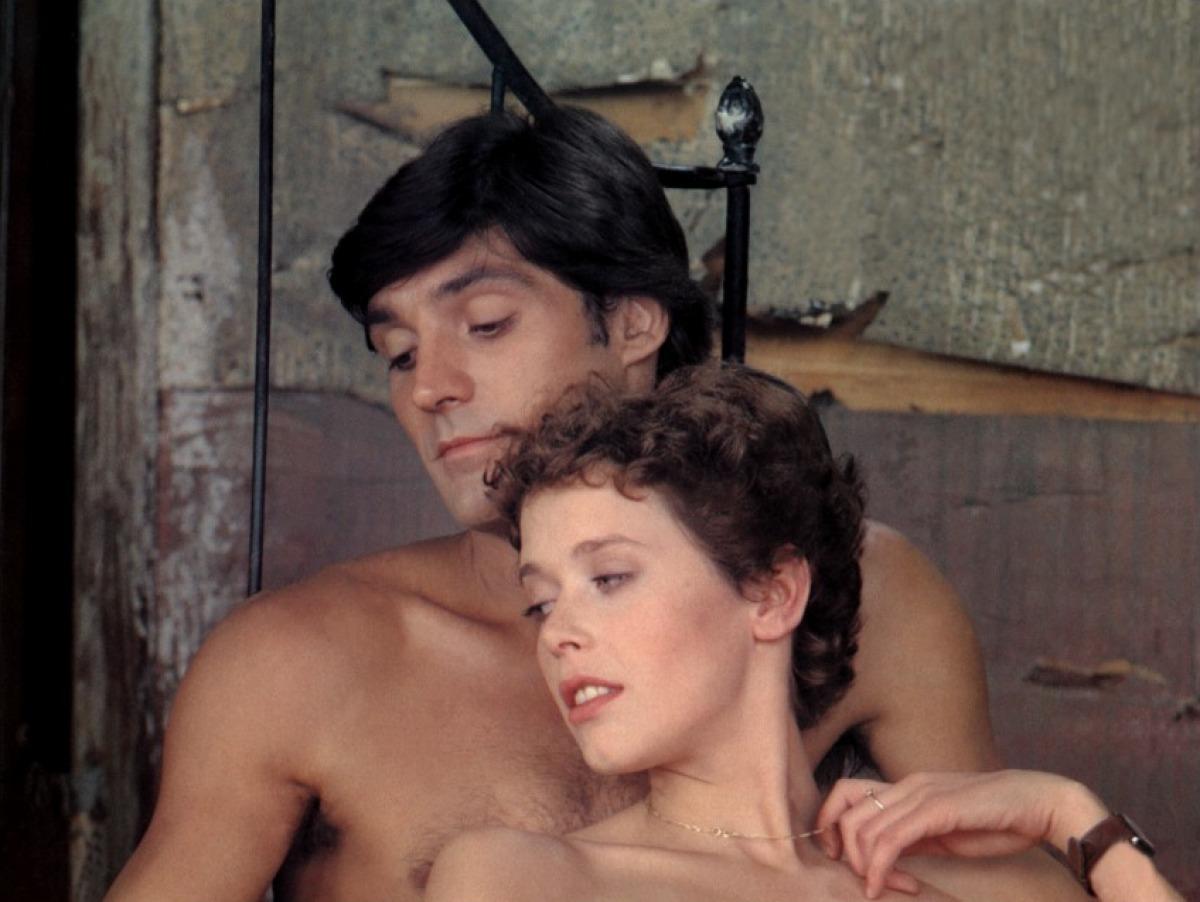 eroticheskiy-film-smotret-na-russkom-yazike