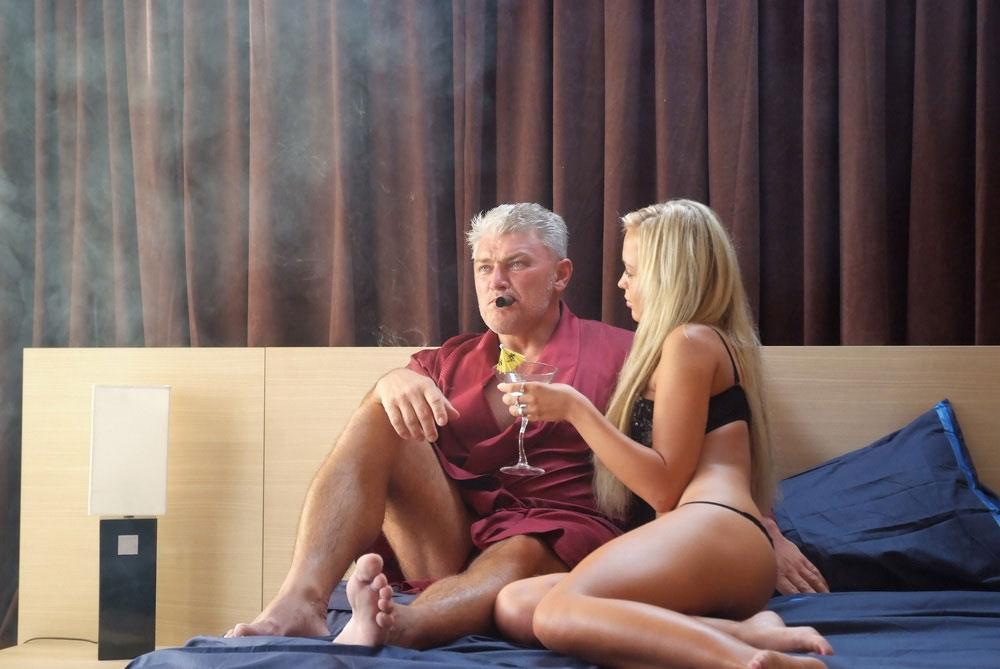 porno-seks-za-dolgi-smotret-onlayn