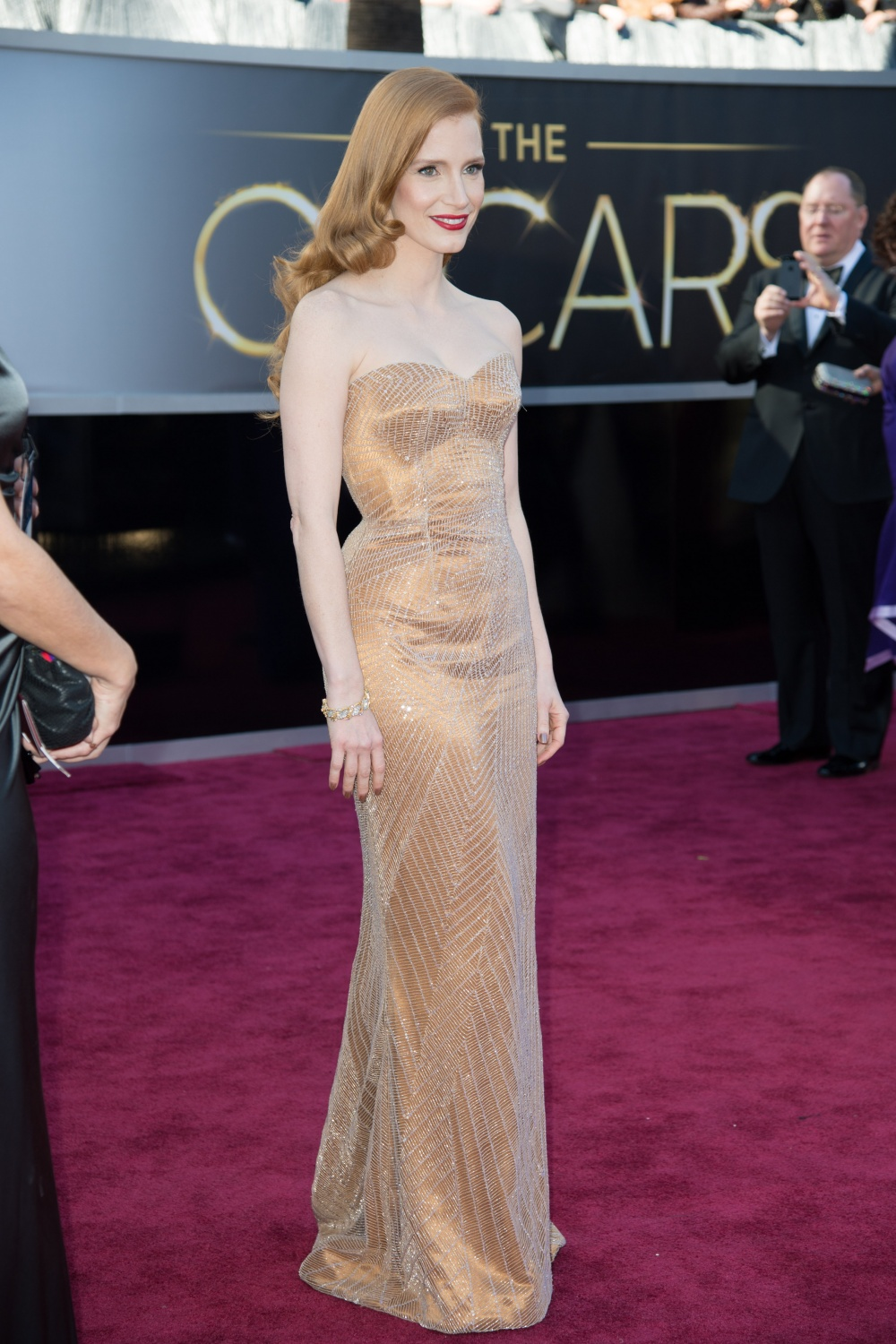 Jessica Chastain on The Oscars 2013 Red Carpet  YouTube