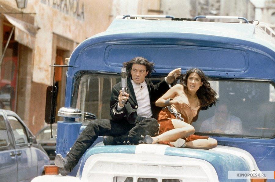 кадр №1 из фильма Однажды в Мексике: Отчаянный 2 (2003)