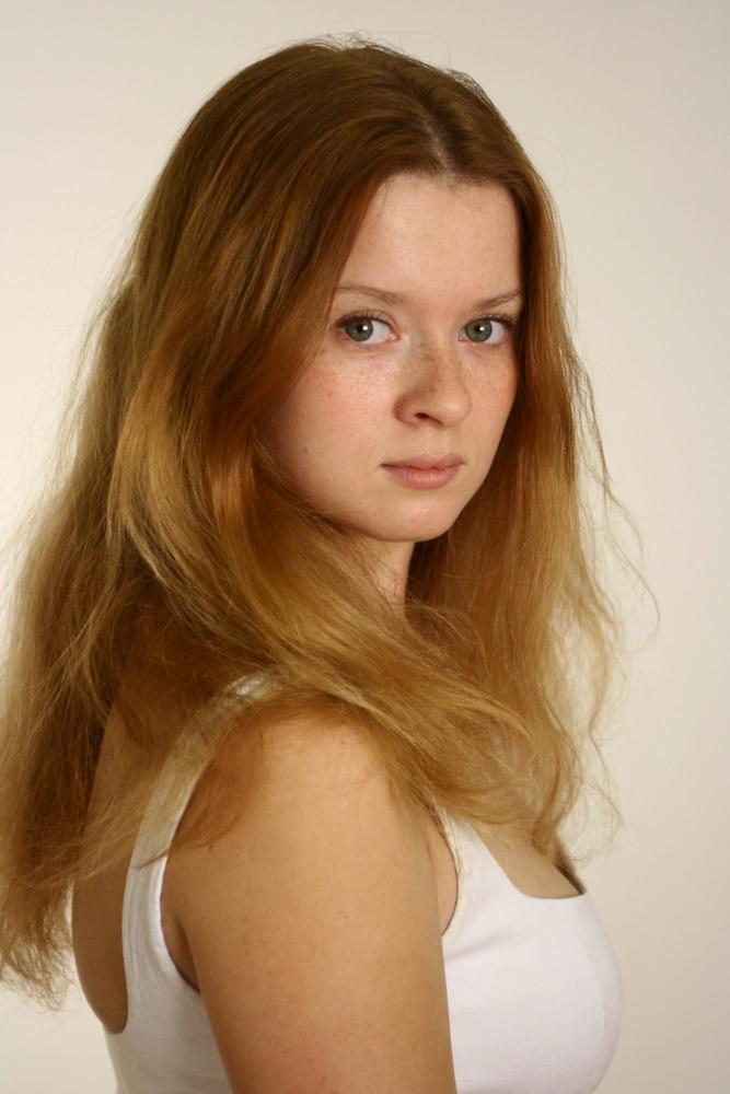 spisok-porno-russkih-aktris-v-metro-trahnuli-pyanuyu-kitayanku-video