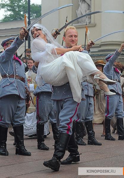 http://www.kinopoisk.ru/im/kadr/1/4/7/kinopoisk.ru-1920-Bitwa-Warszawska-1470235.jpg