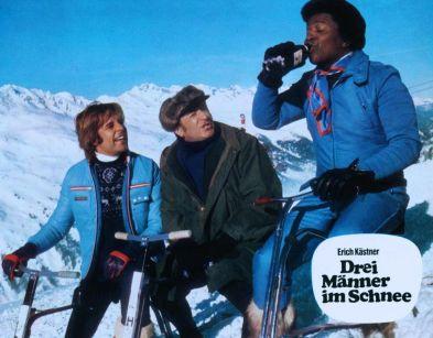 все об актерах трое на снегу фото тиханович один