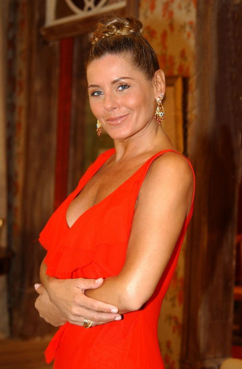 Vera Fischer Nude Photos 24