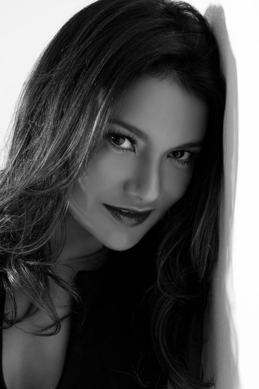 Cleia Almeida