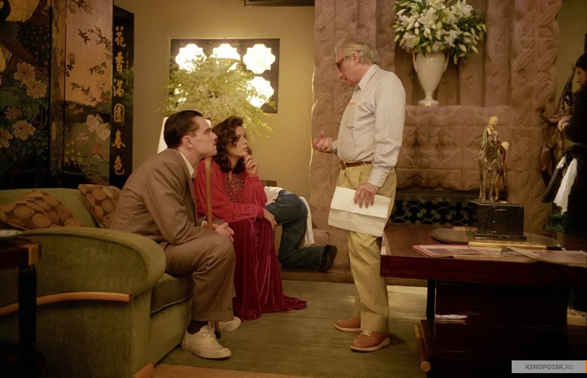 an analysis of the opening scene of the aviator The following is a selection of letters received by the world socialist web site on david walsh's review of the aviator (the opening scene of.