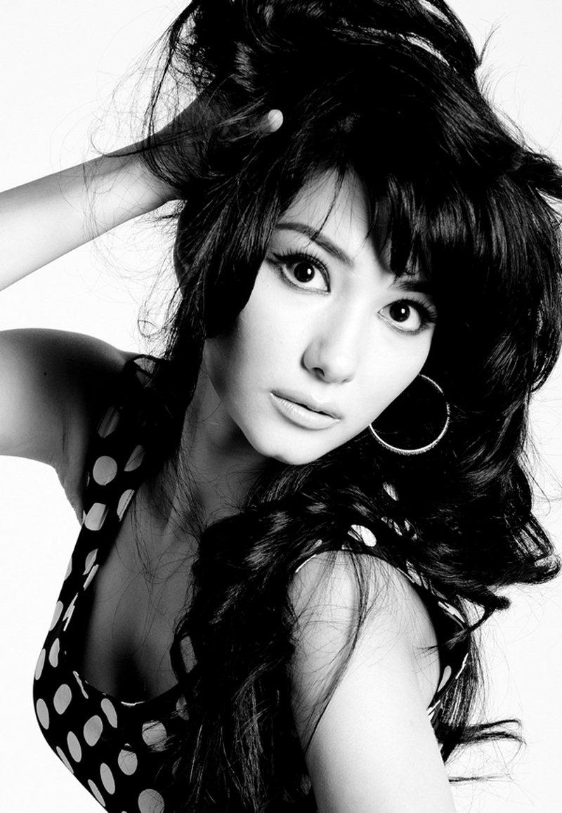 Картинка узбекская актриса зарина низомиддинова