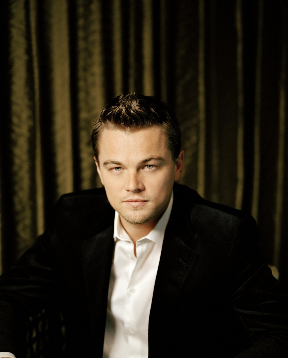 leonardo di caprio Learn about leonardo dicaprio: his birthday, what he did before fame, his family life, fun trivia facts, popularity rankings, and more.