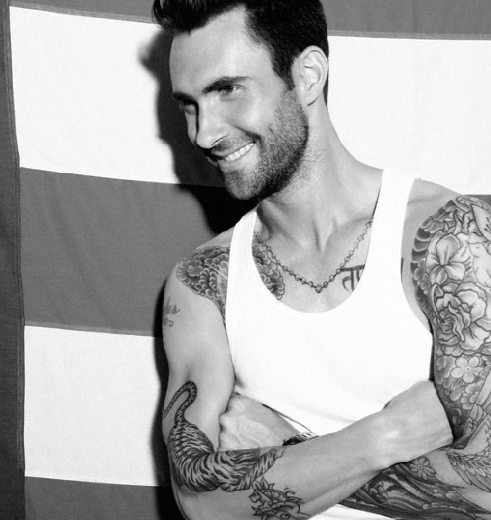 adam levine tattoos - HD1000×1058