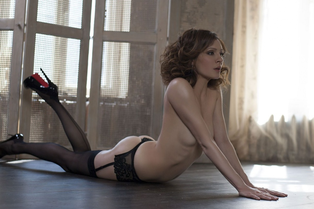 Откровенные фото актрис из сериала Кухня НЮ 49 фото