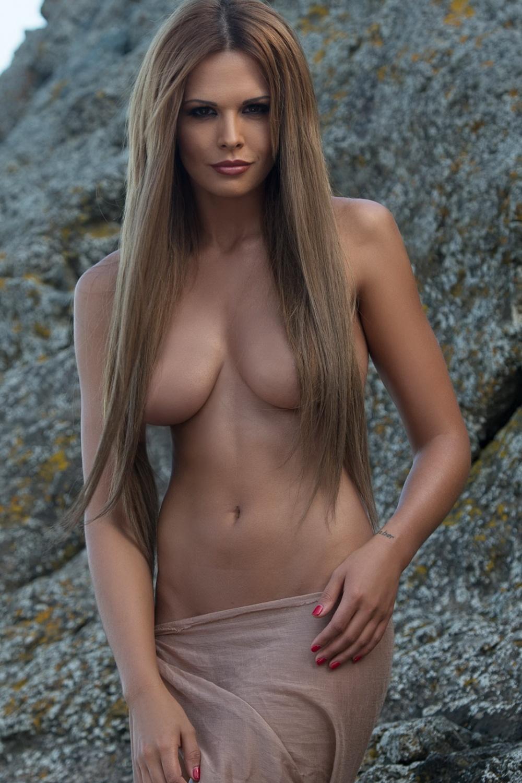 снимает легкую мария горбань грудь голая номер был
