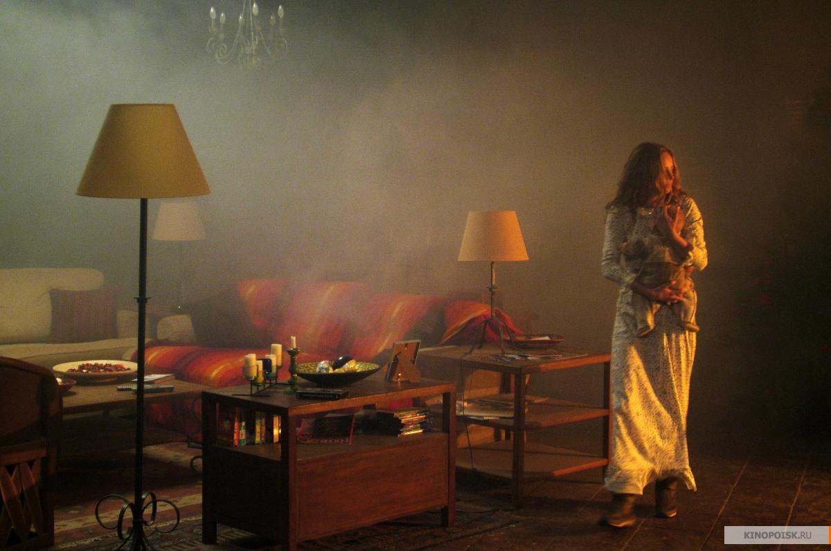 кадр №2 из фильма Оно живет (2008)