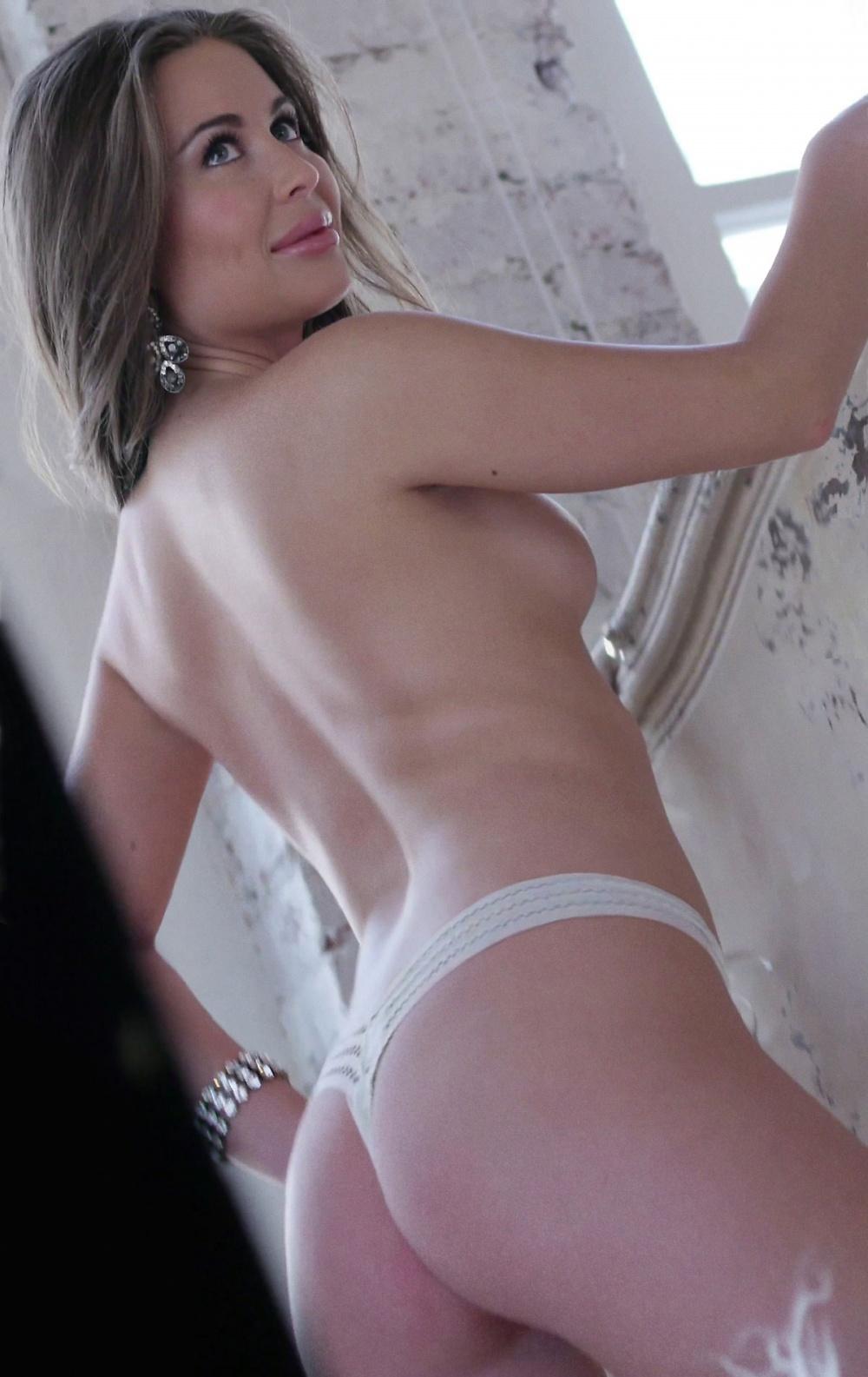 юлия михалкова засветила трусы видео - 4