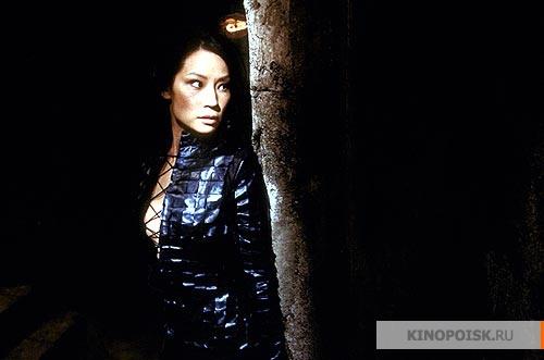 кадр №3 из фильма Ангелы Чарли 2: Только вперед (2003)