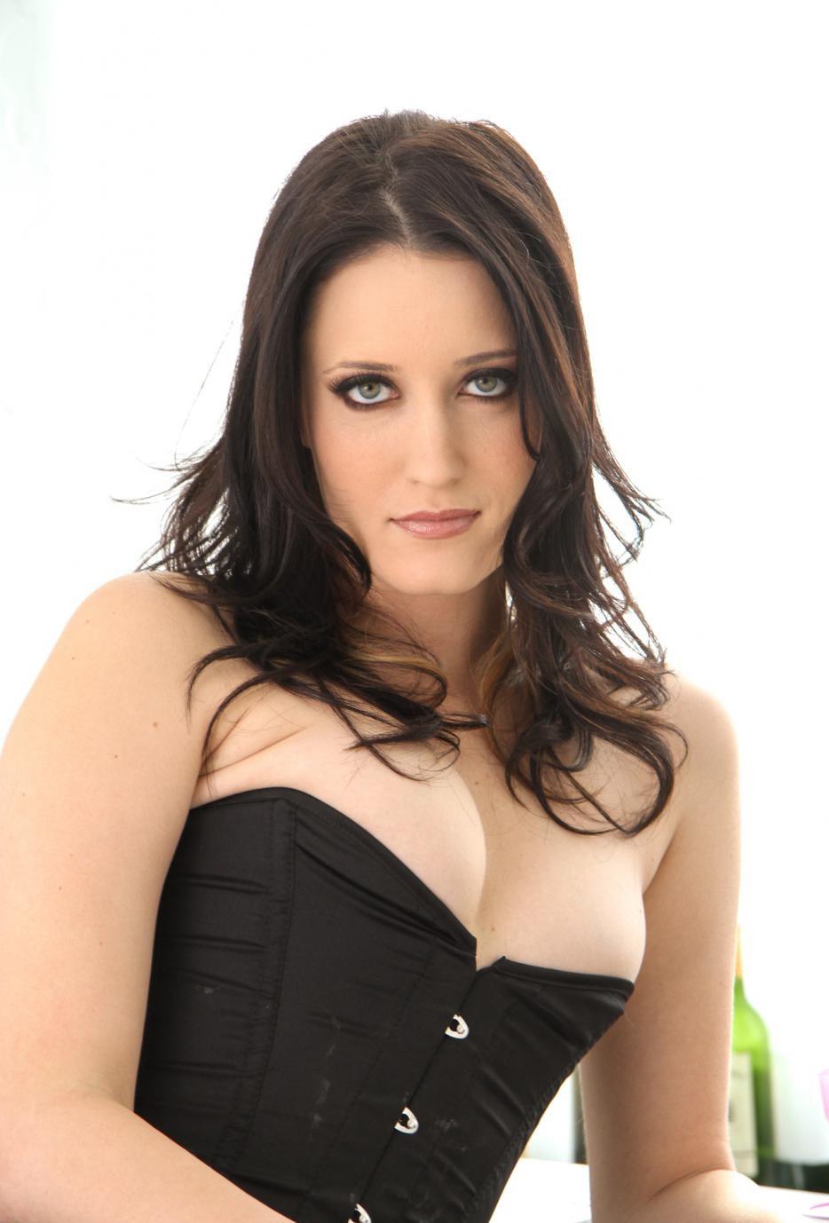 фотографии зарубежных порнозвезд кимберли кейн