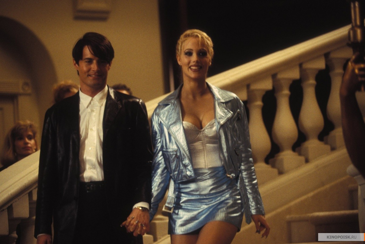 a look at showgirls and the present day gender roles Whereas gender is social, defined by the roles ascribed to an individual by society and how one personally identifies according to such whereas for humans there is a binary of sex, male and female, with the anomaly of hermaphrodites.