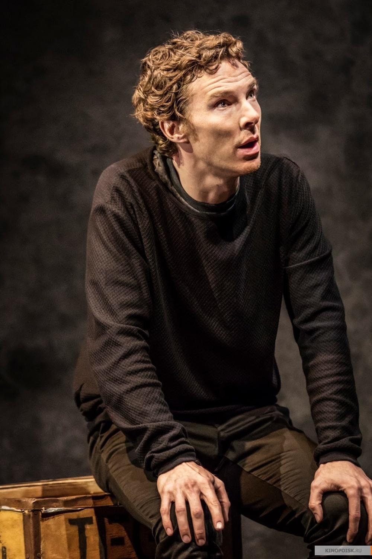 Celým jménem Benedict Timothy Carlton Cumberbatch je britský divadelní filmový televizní a rozhlasový herec Narodil se 19 července 1976 v Londýně Je