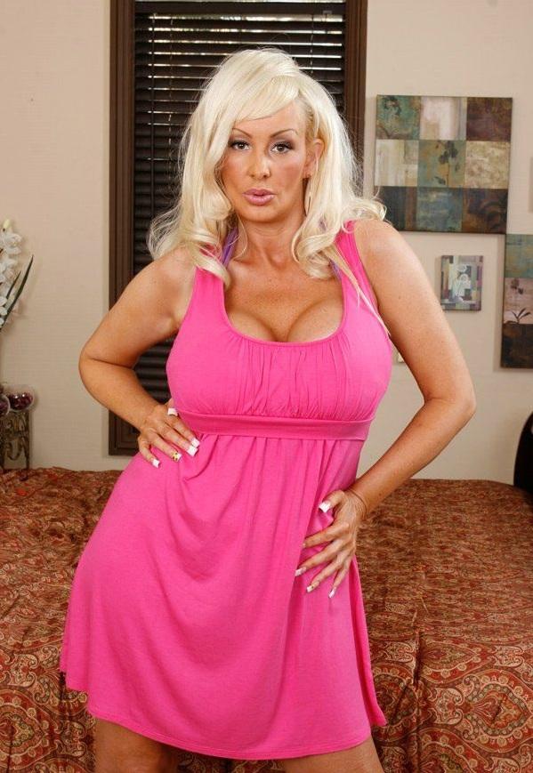 Bridget big boob love doll