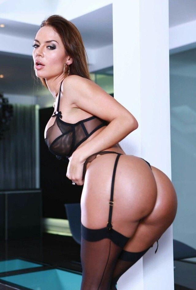 Биография порнозвезды франчески джеймс, смотреть порно трахают подругу на глазах ее парня