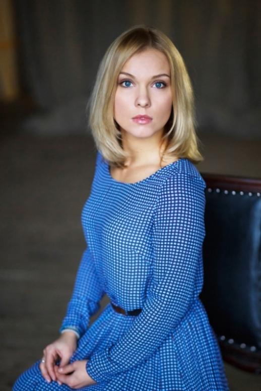Полина Стрельникова Сыркина  биография фото рост вес
