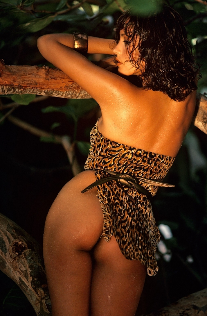 Nude photos of barbara carrera