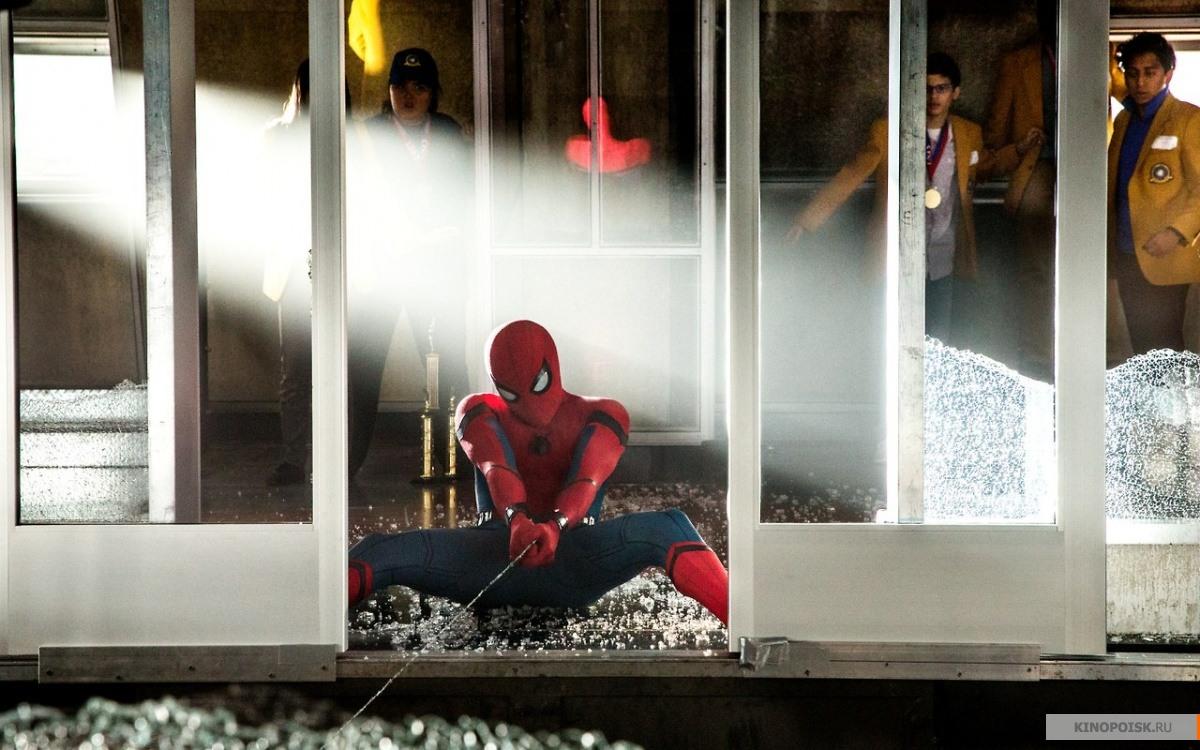 кадр №3 из фильма Человек-паук: Возвращение домой (2017)