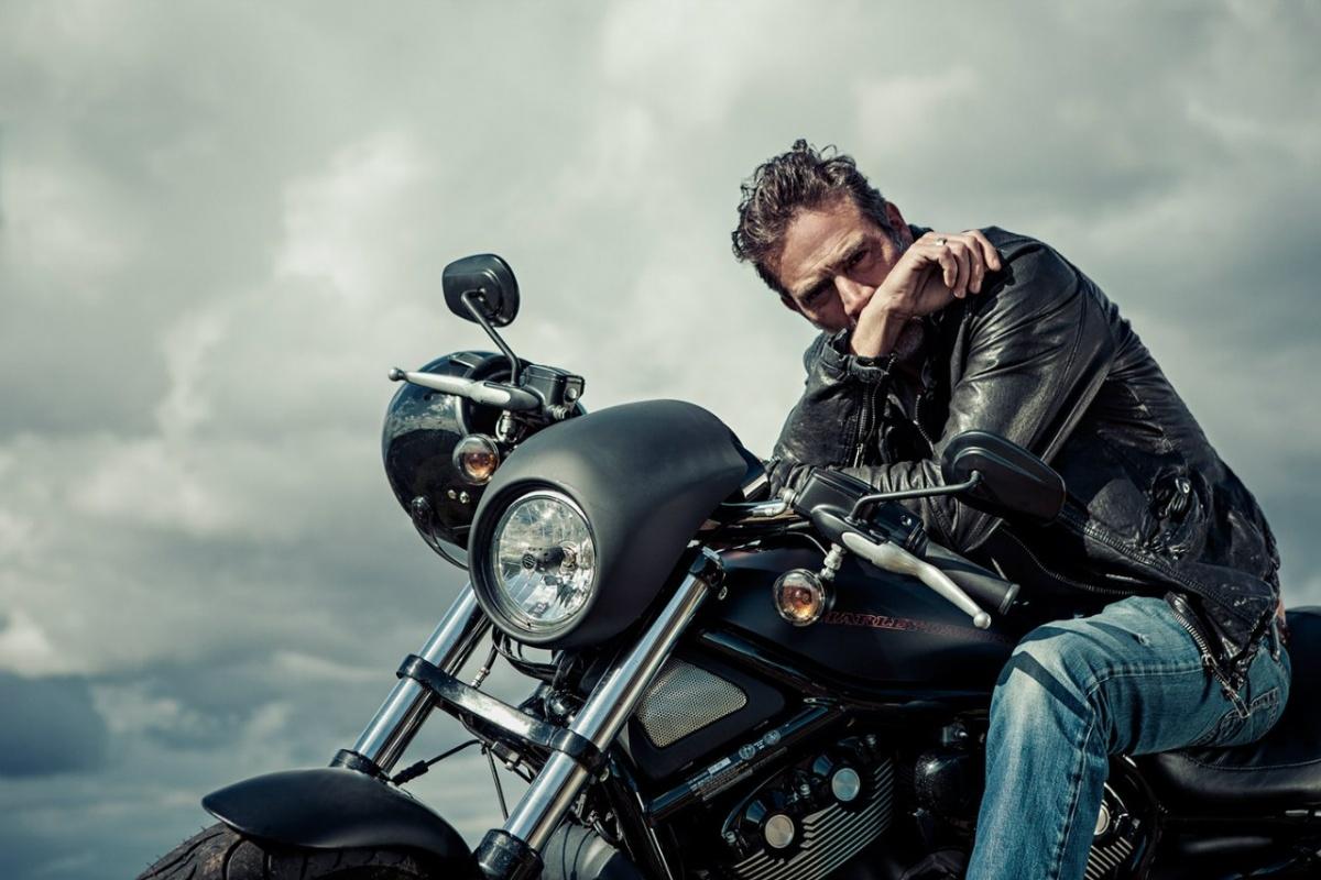 дин на мотоцикле картинки удобные для вас
