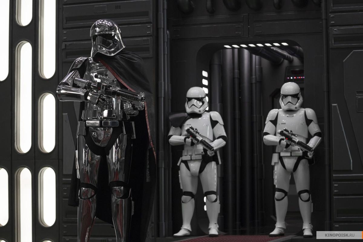Новый отрывок  «Звездных войн» завыходные собрал 450 млн.  долларов