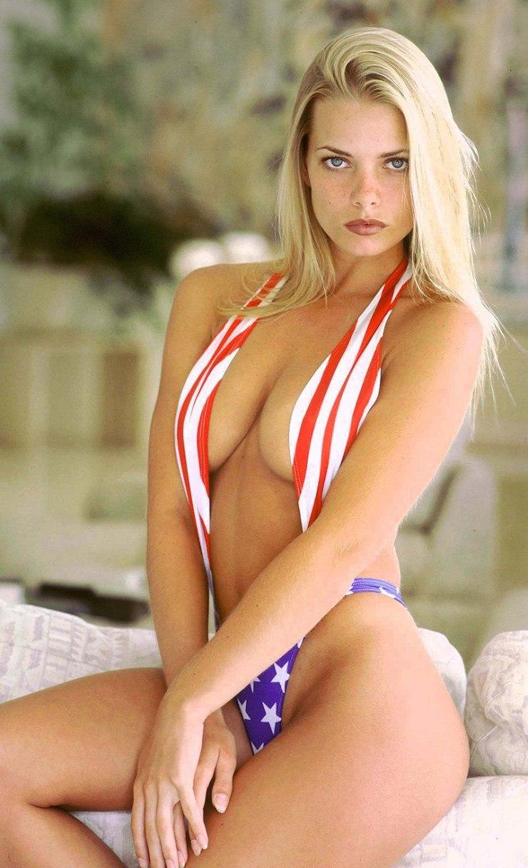 Blonde amateur nude wives