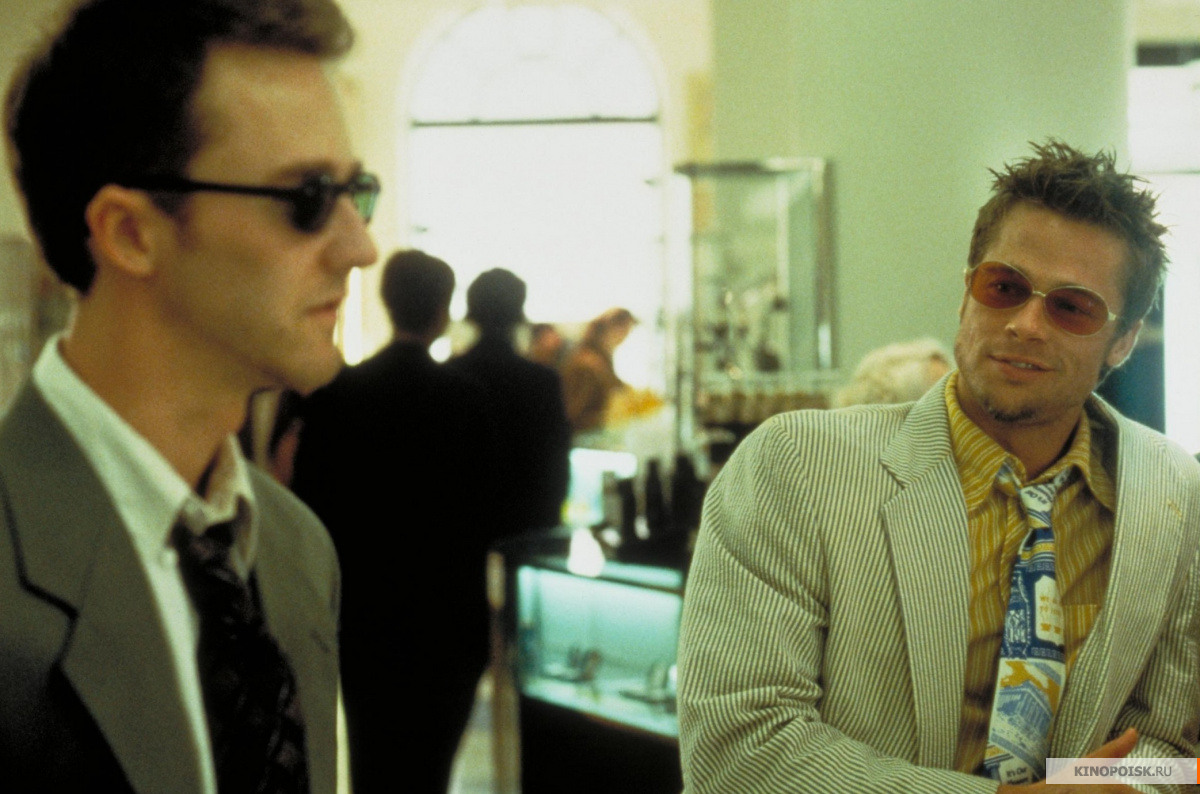 the dark overtone of the film fight club directed by david fincher in 1999 Fightclub essayson the dark side: fight club & neo-noir in fight club (david fincher, 1999) the director, fincher, presents the elements that are essential in a neo-noir film.