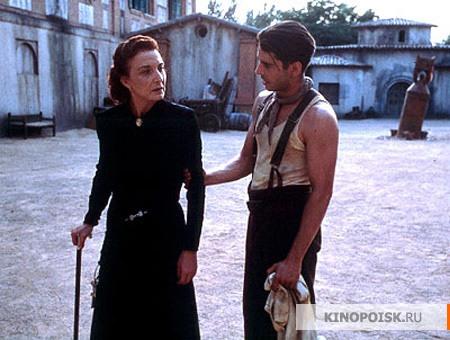 Обсуждаем фильмы.. только что просмотренные или вдруг вспомнившиеся.. - 7 - Страница 8 Kinopoisk.ru-El-espinazo-del-diablo-575104