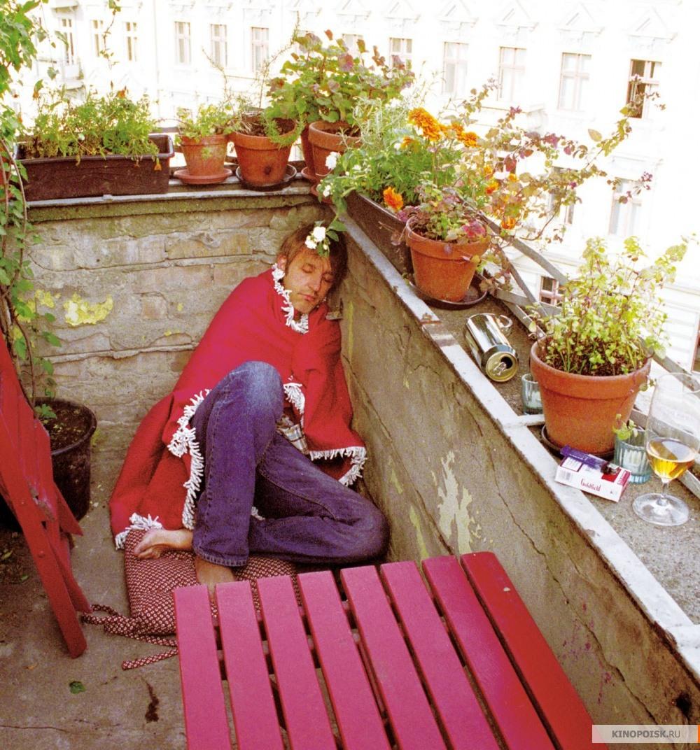 """Фото: лето на балконе / кадр из фильмa """"лето на балконе"""" (20."""