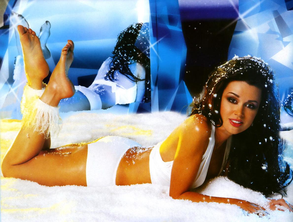 Актриса заворотнюк голая, полные девушки на эротических фото