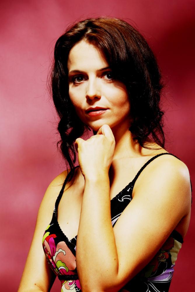 фото актриса агнешка штаны, истоптанная