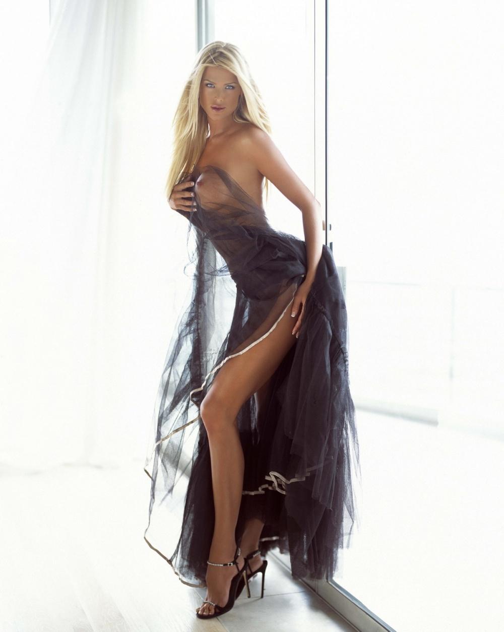 самые порно фото платье вечернее стоит