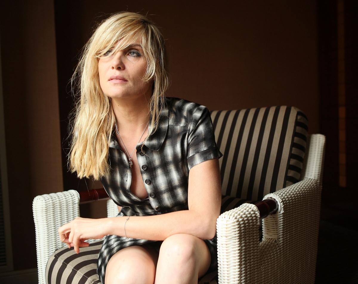 Emmanuelle Seigner Pictures, Images, Photos - Images77.com