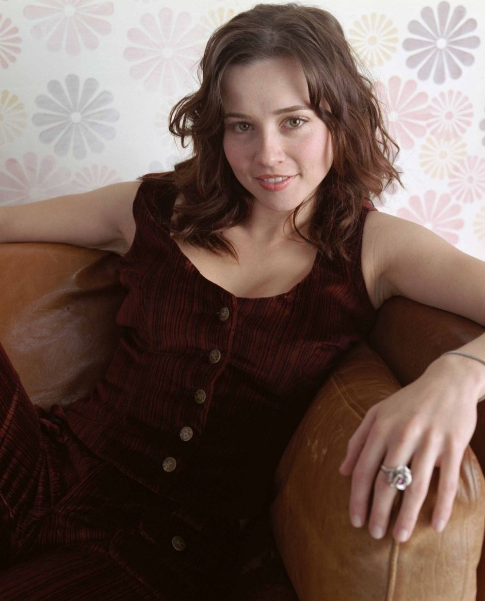 Linda Cardellini - Photo Gallery