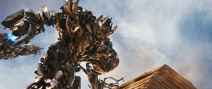 кадр №1 из фильма Трансформеры 2: Месть падших – смотреть онлайн