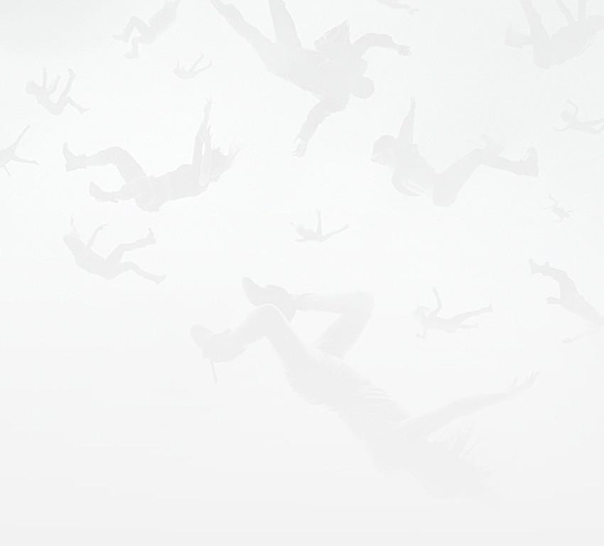 Лесбийская Сцена С Алисией Дебнем-Кери И Элизой Тейлор – Сотня (2014)