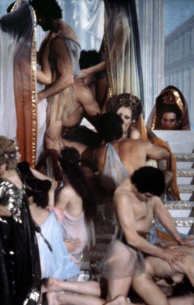 bez-eroticheskie-fragmenti-filma-kaligula