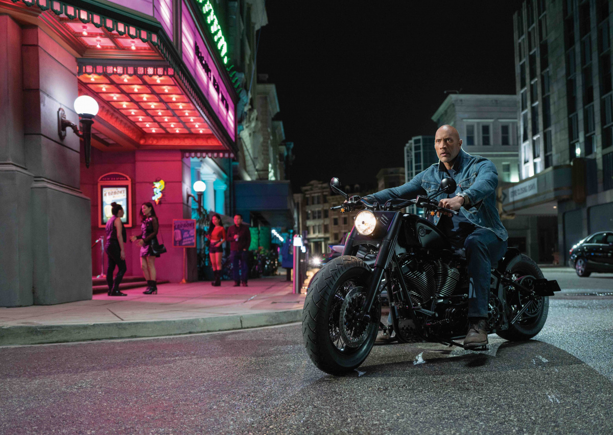 Форсаж: Хоббс и Шоу / Fast & Furious Presents: Hobbs & Shaw (2019)