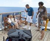 Добро пожаловать на борт 2011 кадры